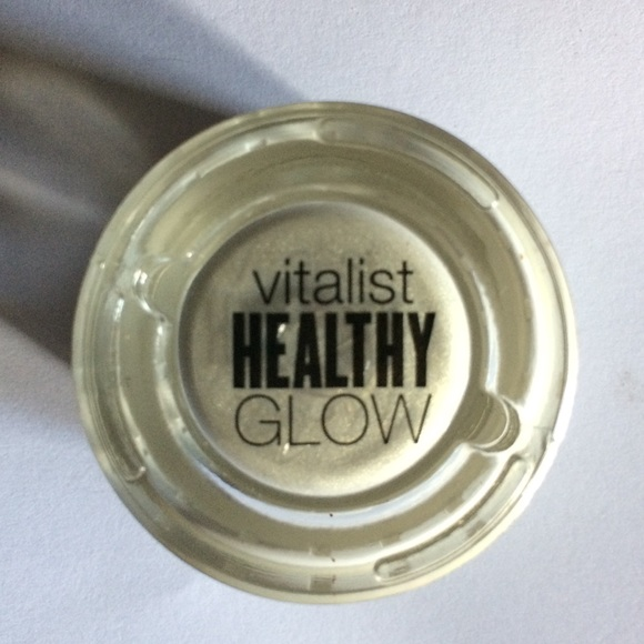 Covergirl Other - COVERGIRL VitalistHealthyGlowHighlighter